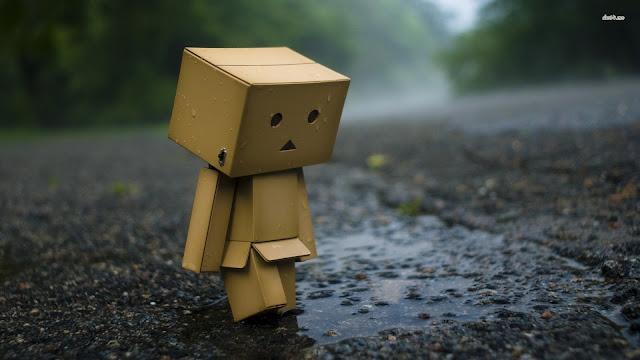 Hình ảnh người gỗ Danbo buồn tâm trạng dành cho Fa