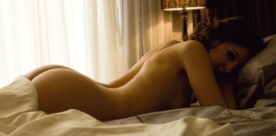 courtney throne smith nude pics