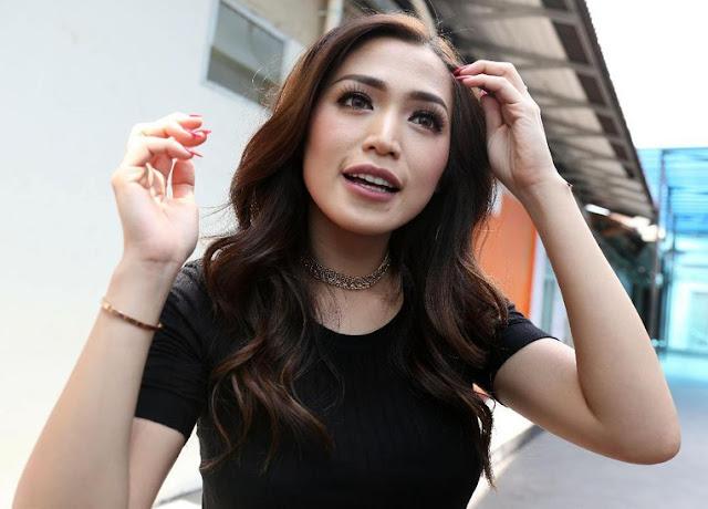Resolusi 2018, Jessica Iskandar Ingin Beri El Sosok Ayah
