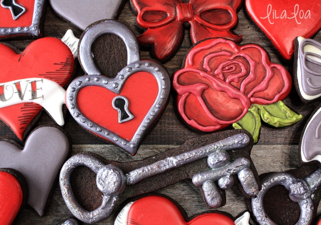 Valentine's Day cookie decorating -- padlock hear sugar cookies
