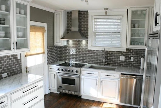 Pixiechronicle - Lifestyle and Entertainment: Installing a Subway Tile Backsplash