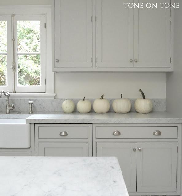 Interior & Garden Design: White Fall Decor
