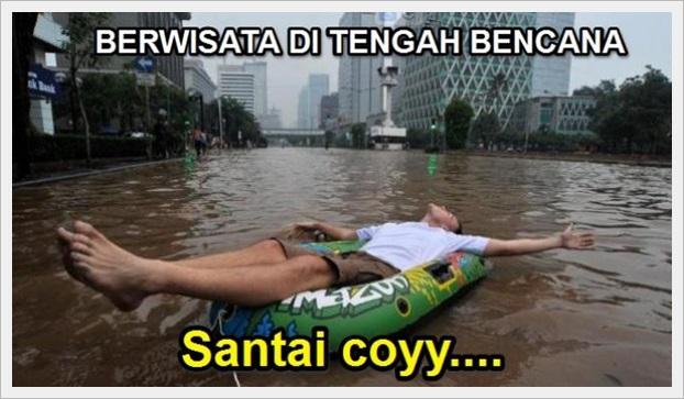 gambar wisata ditengah bencana banjir santai coy
