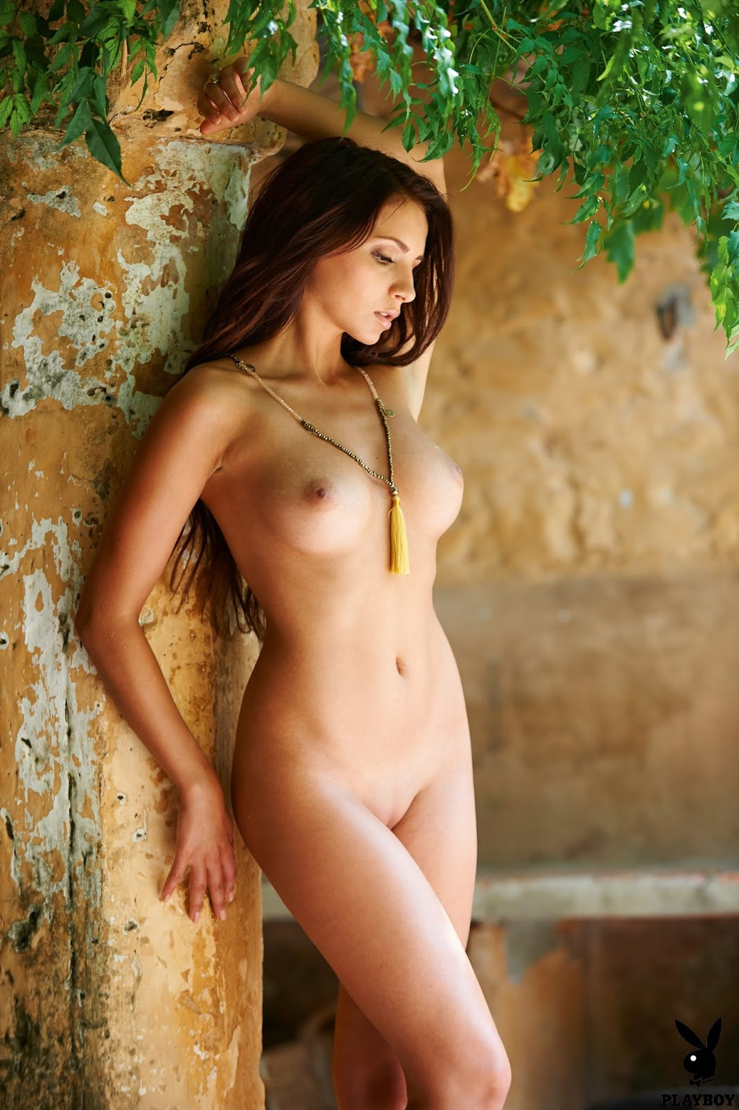 German nude female babes #14