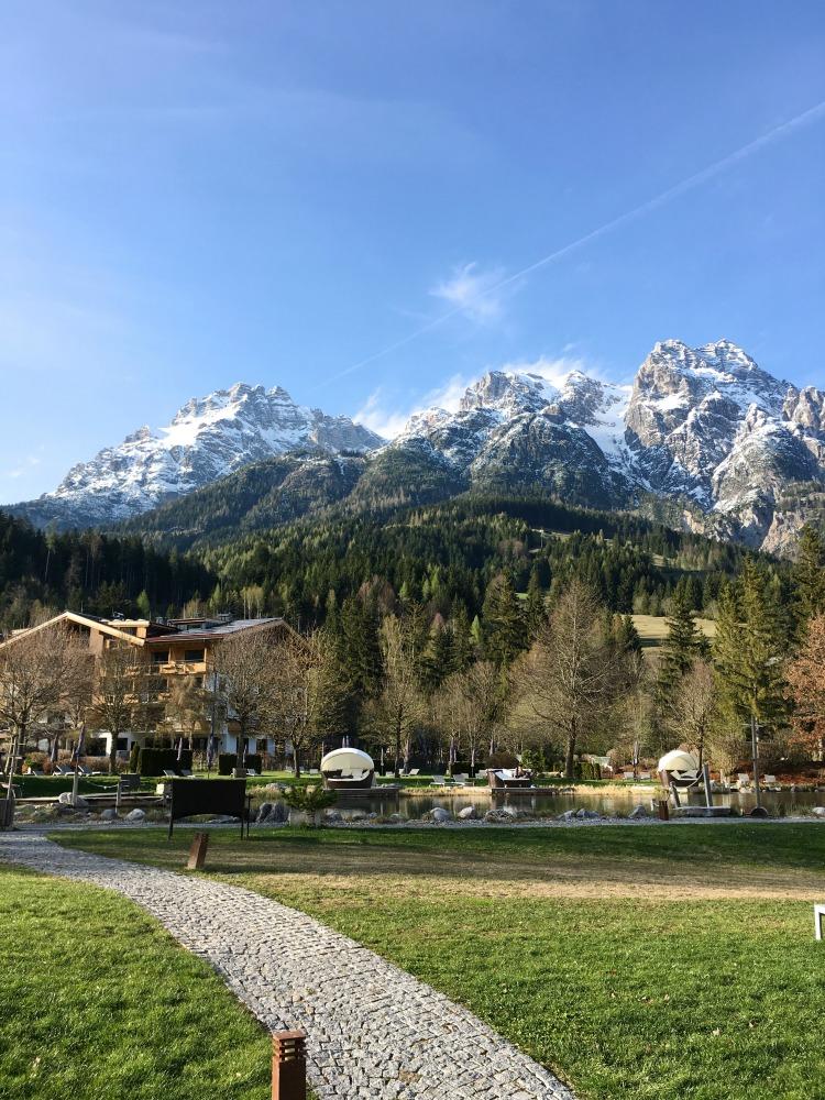 Naturhotel Forsthofgut Leogang Badeteich
