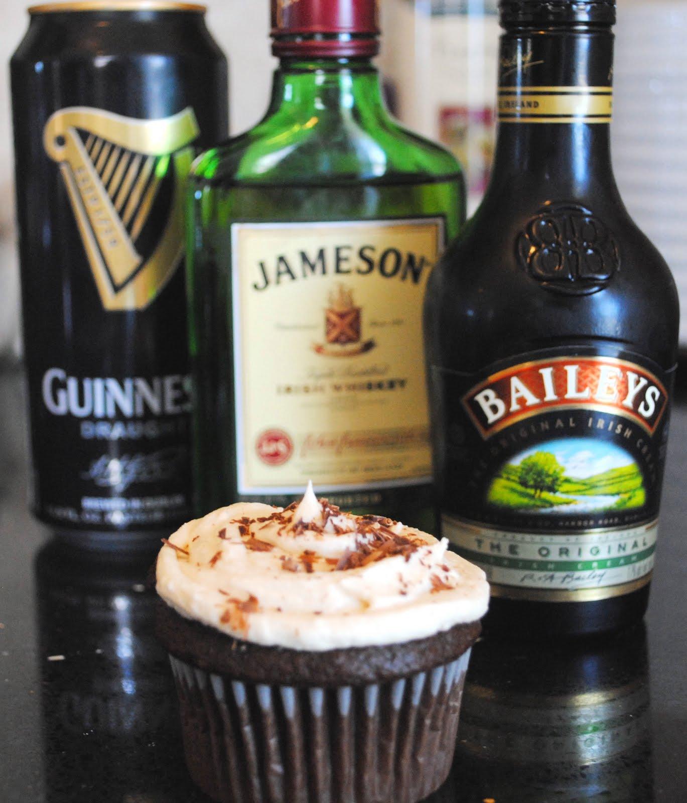 The Stepford Wife: Bar Worthy Irish Car Bomb Cupcakes