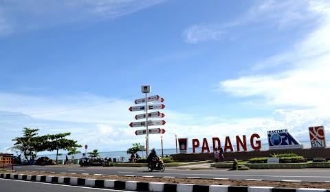 Destinasi Taplau Padang dengan Seribu Pesona
