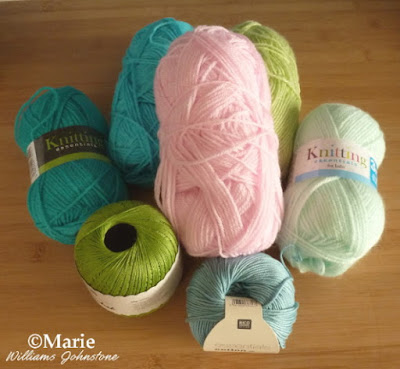 Yarn for Beginners to Crochet With