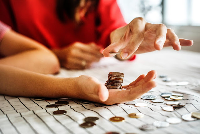 count money, save money, budgeting, budgeting mistakes, save your money