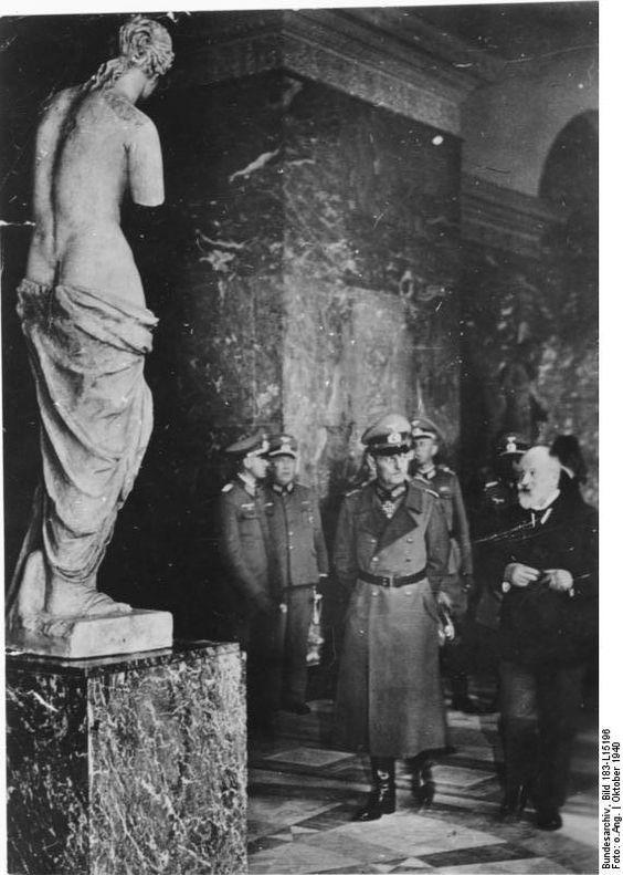 7 October 1940 worldwartwo.filminspector.com Gerd von Rundstedt Louvre Venus de Milo