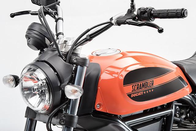 Ducati Cheapest Bike Scrambler Sixty2 Launched 2016