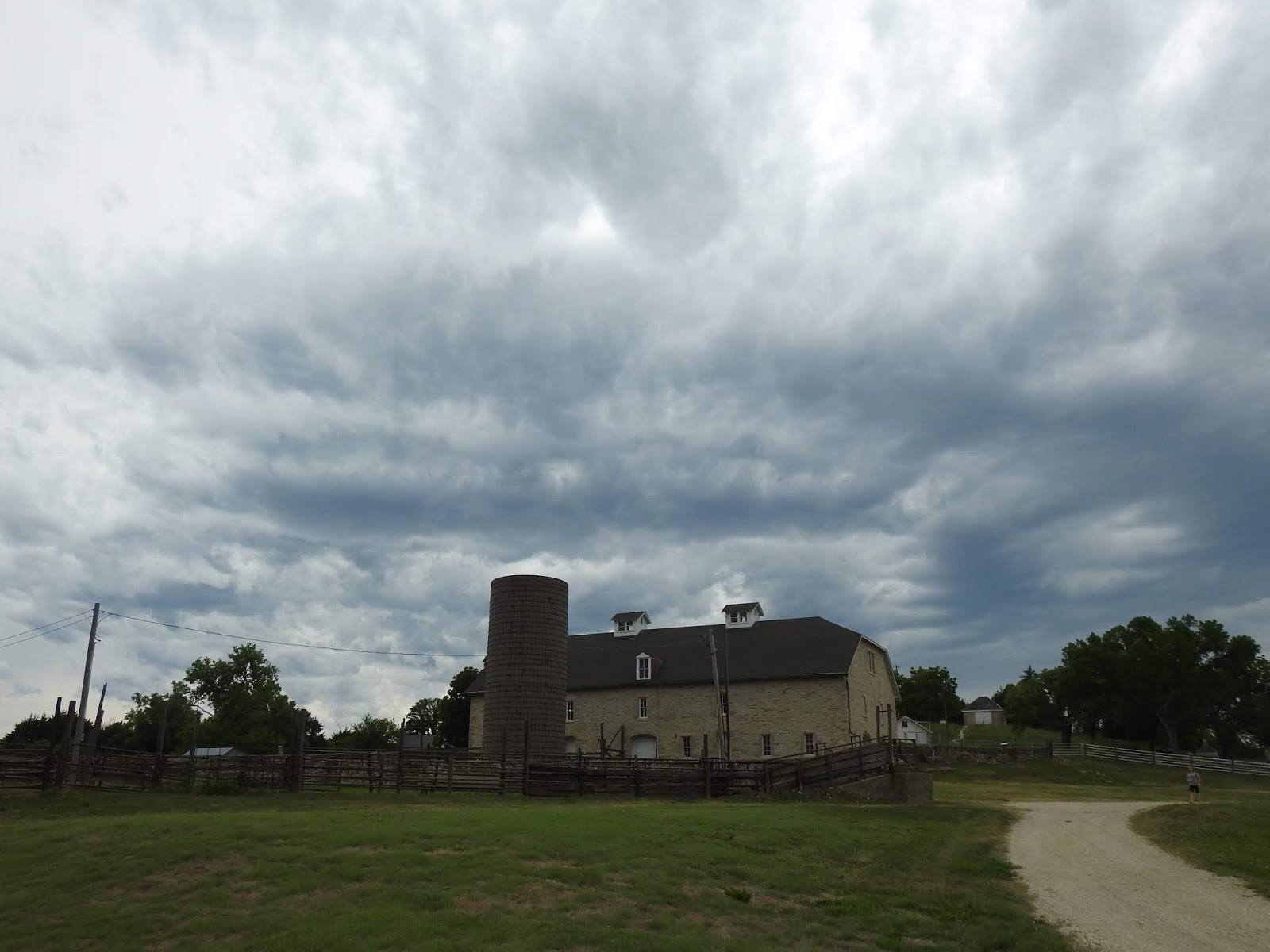 MERRY@SYRACUSE: The Barbed Wire Tour: Historic Spring Hill Ranch at ...