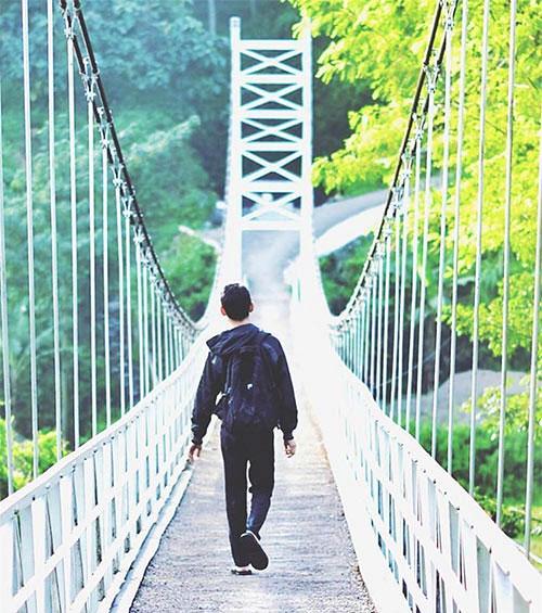 sejarah jembatan gantung danawarih asal usul