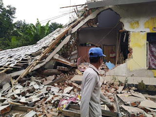 Korban Berjatuhan Akibat Gempa Lombok