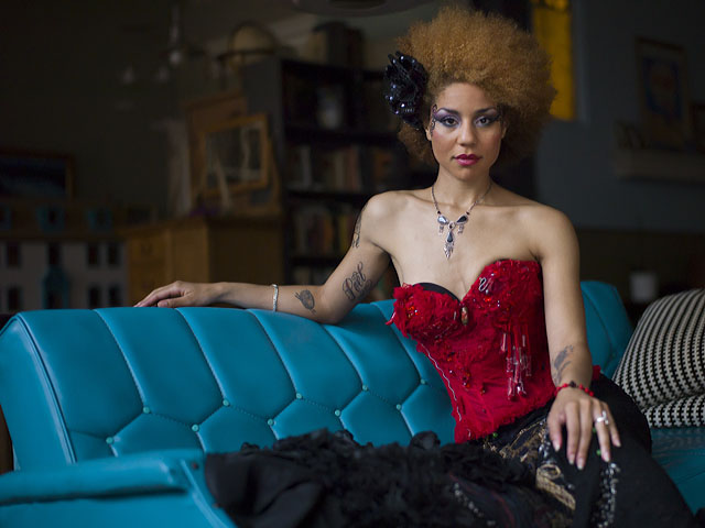 Joy Villa: Fashion Personality: Joy Villa