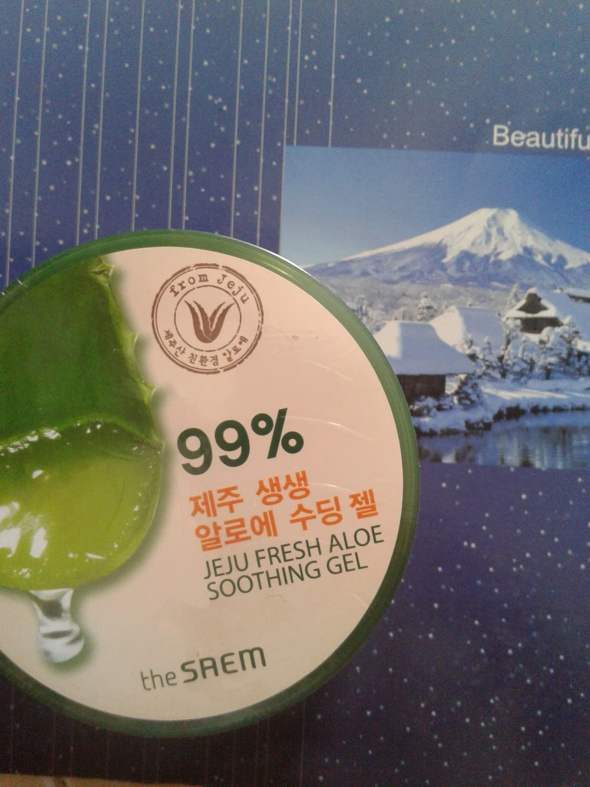 Review The Saem Jeju Fresh Aloe Vera Soothing Gel Soothng Jadi Seperti Itulah Penampakan Nya Dari Packaging Mirip Lainnya Dalam Ukuran 300ml