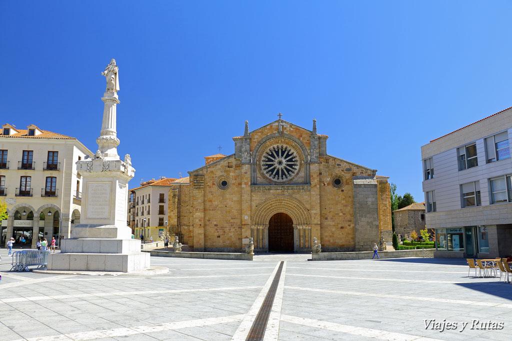 Iglesia de San Pedro en plaza de Santa Teresa de Avila