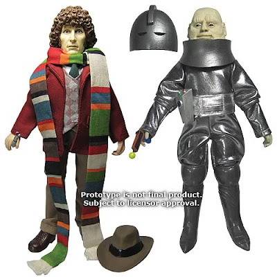 "San Diego Comic-Con 2011 Exclusive Doctor Who Fourth Doctor & Sontaran Field-Major Styre 8"" Mego Style Action Figures"