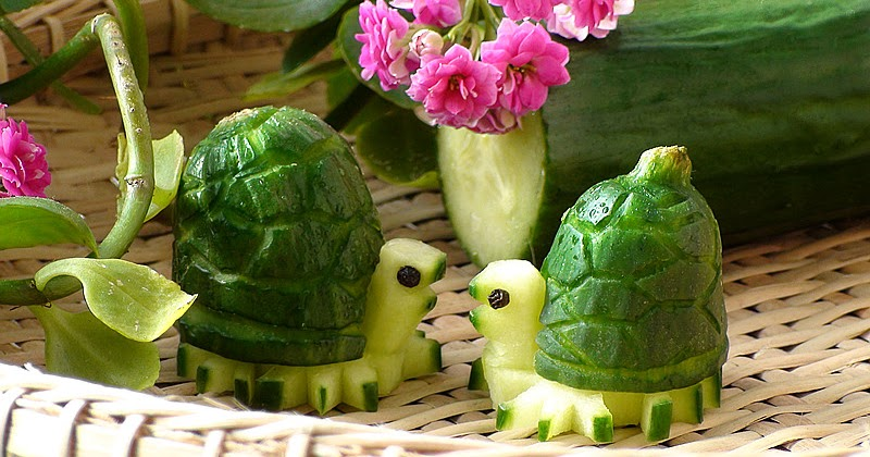 Josephine 39 s recipes how to make cucumber turtles for Art of food decoration