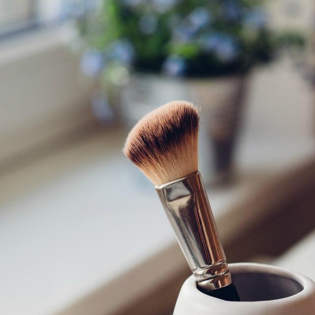 7 erros de maquiagem que detonam com a sua aparência