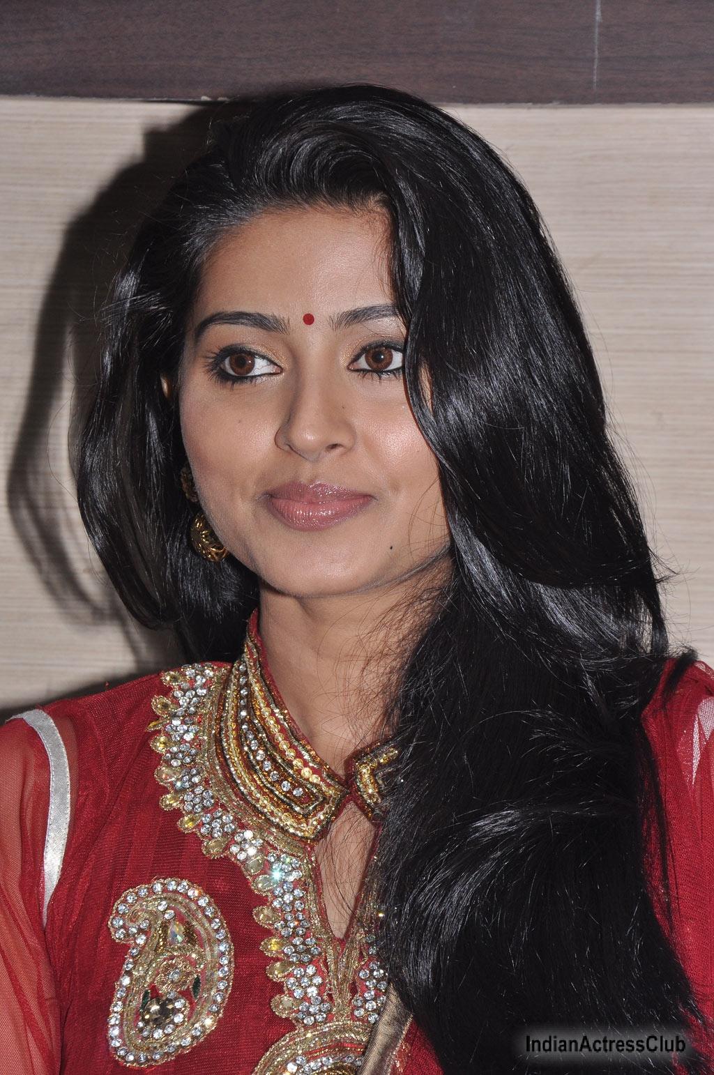 Bhavana indian actress hot video indianmasalaclipsnet - 2 2