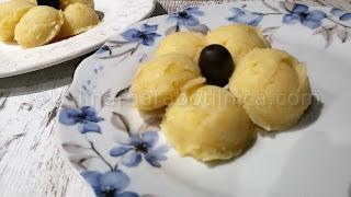 Картофено пюре с масло и чесън