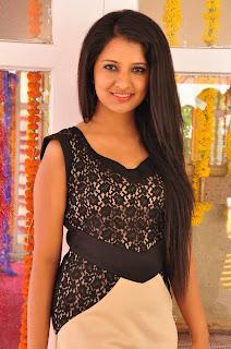 Actress Nikita Bisht Vajralukavaala Nayana Movie Opening  0003
