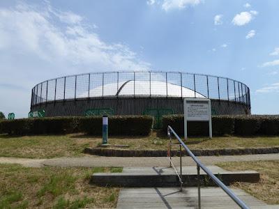 八幡屋公園グリーンヒルズの頂上(展望台)