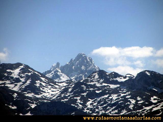 Ruta Ardisana, pico Hibeo: Vista del Torrecerredo
