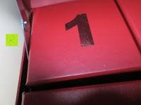 Scharnier: Adventskalender als piratige rustikale Schatztruhe - 24 einzelnen Schatzboxen - Ideal für den Advent