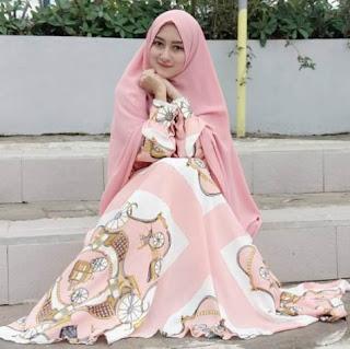 Desain model baju muslim terbaru modern 42+ Desain Model Baju Muslim Terbaru Trend 2018 | Simpel Casual Modern