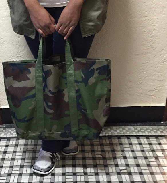 Hunter's Camouflage Tote Bag, Christopher Stewart, Eating Fabulously, L.L.Bean