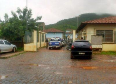 Resultado de imagem para delegacia de Barreiras Bahia