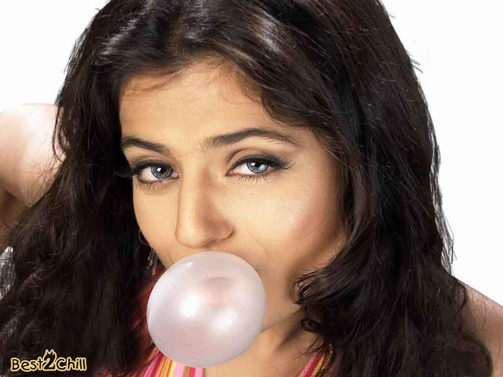 Indian Hot Actress Pictures Bollywood Hot Actress Amisha -2292