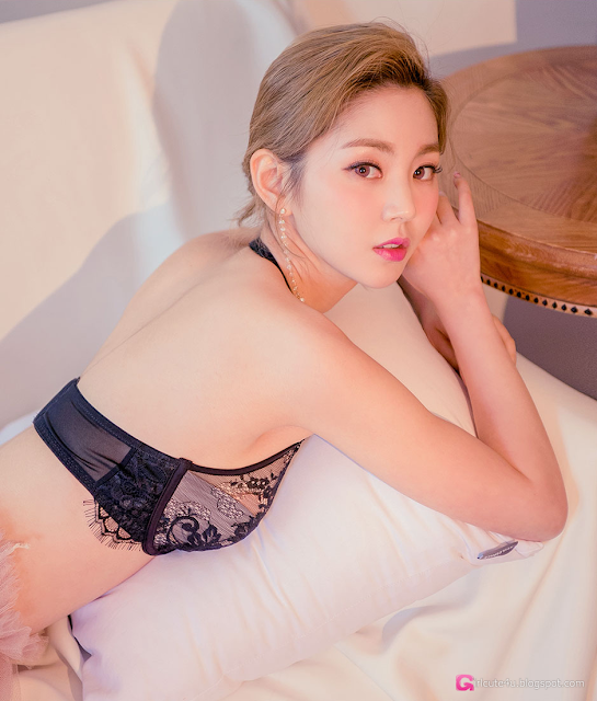 Lee Chae Eun - Lingerie Set - very cute asian girl - girlcute4u.blogspot.com (1)