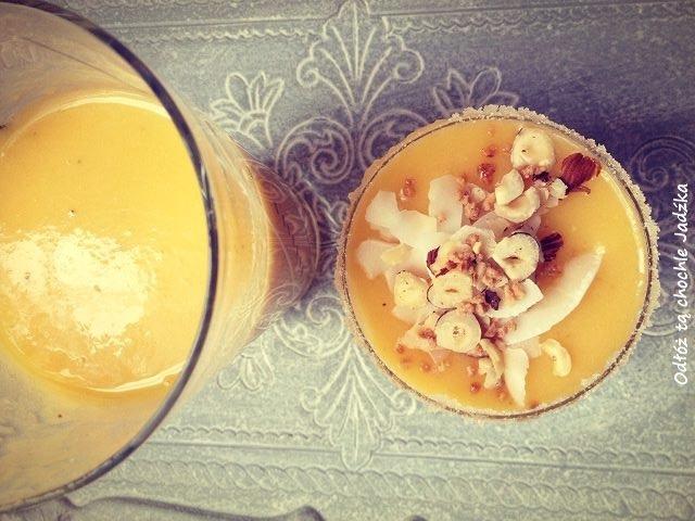 http://zielonekoktajle.blogspot.com/2017/05/mango-banan-miod.html