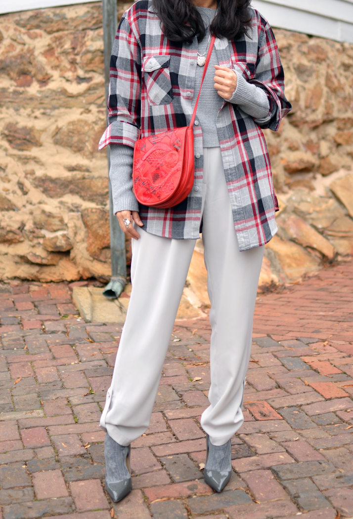 Gray outfit street style