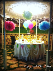 COLOURED DESSERT TABLE