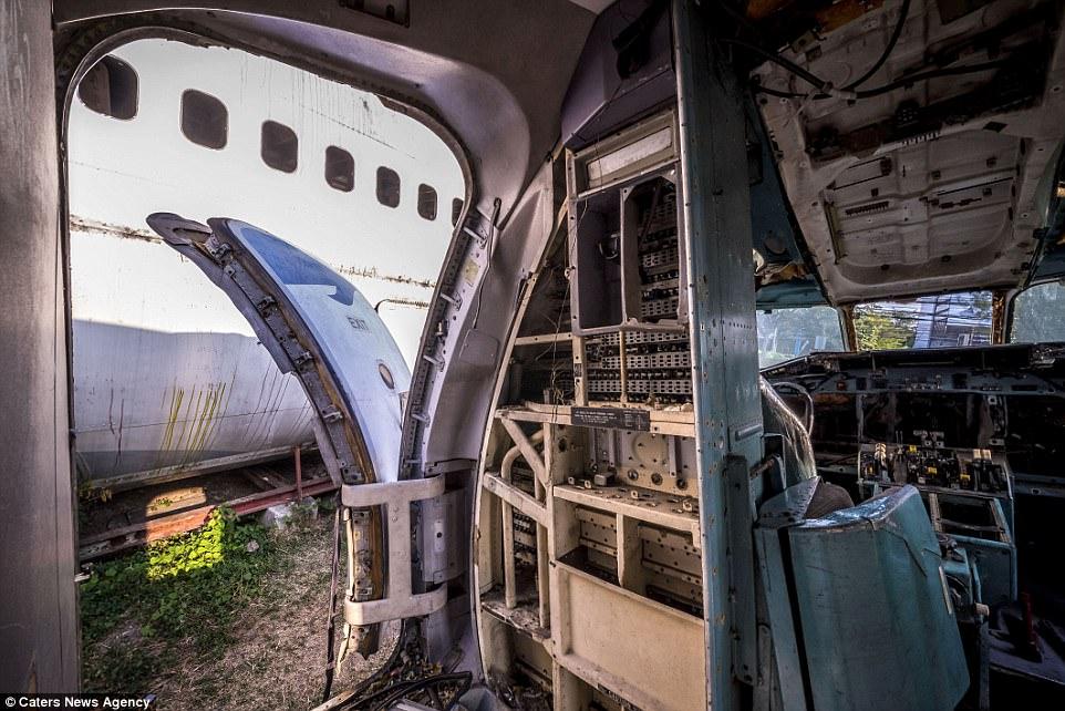 Bangkok%2Bplane%2Bgraveyard%2B31.jpg