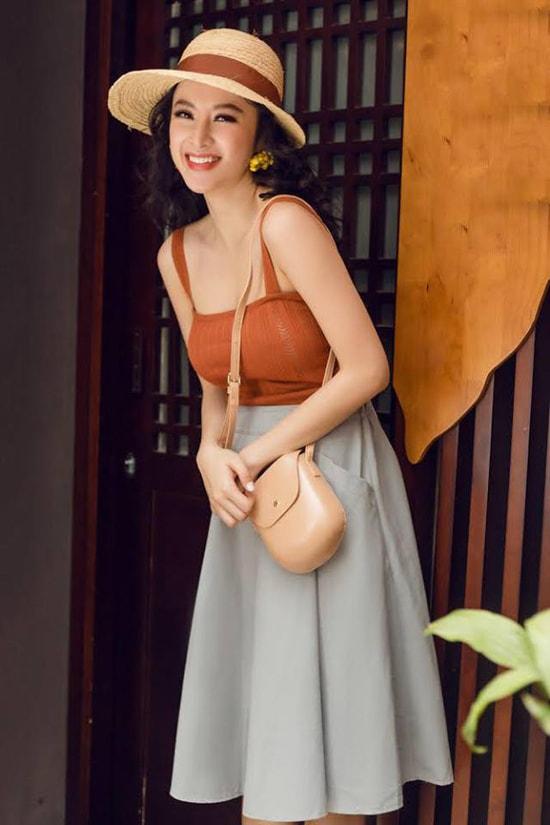 Angela Phương Trinh gợi ý chọn đồ gợi cảm dạo phố mùa hè -10