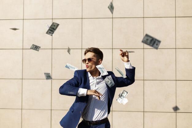 milyarder sukses dan banyak uang