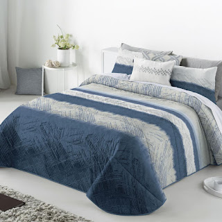Colcha Bouti modelo Aranda color Azul de Antilo Textil