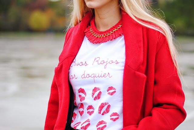 Resultado de imagen de besos rojos por doquier camiseta