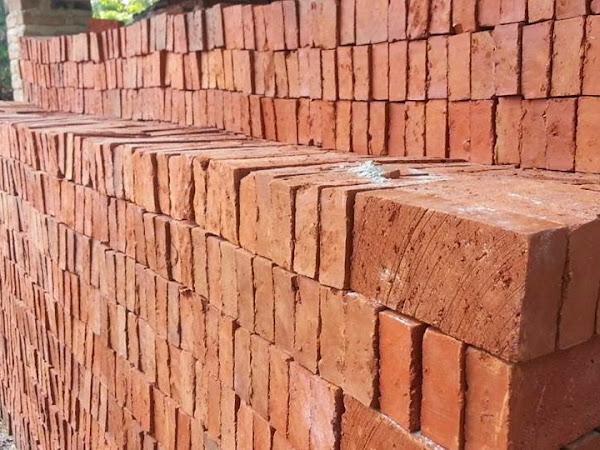Batu Bata Merah Jumbo Solusi Membangun Lebih Hemat