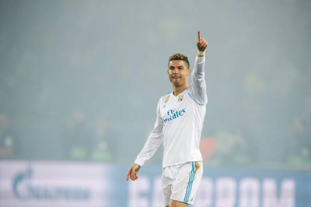 Mức lương mới của C.Ronaldo vẫn kém xa Messi