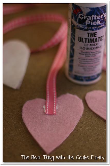 Valentine Wreath with Felt Hearts