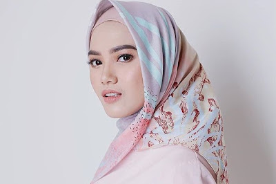 Mengenal 4 Jenis Kain Hijab
