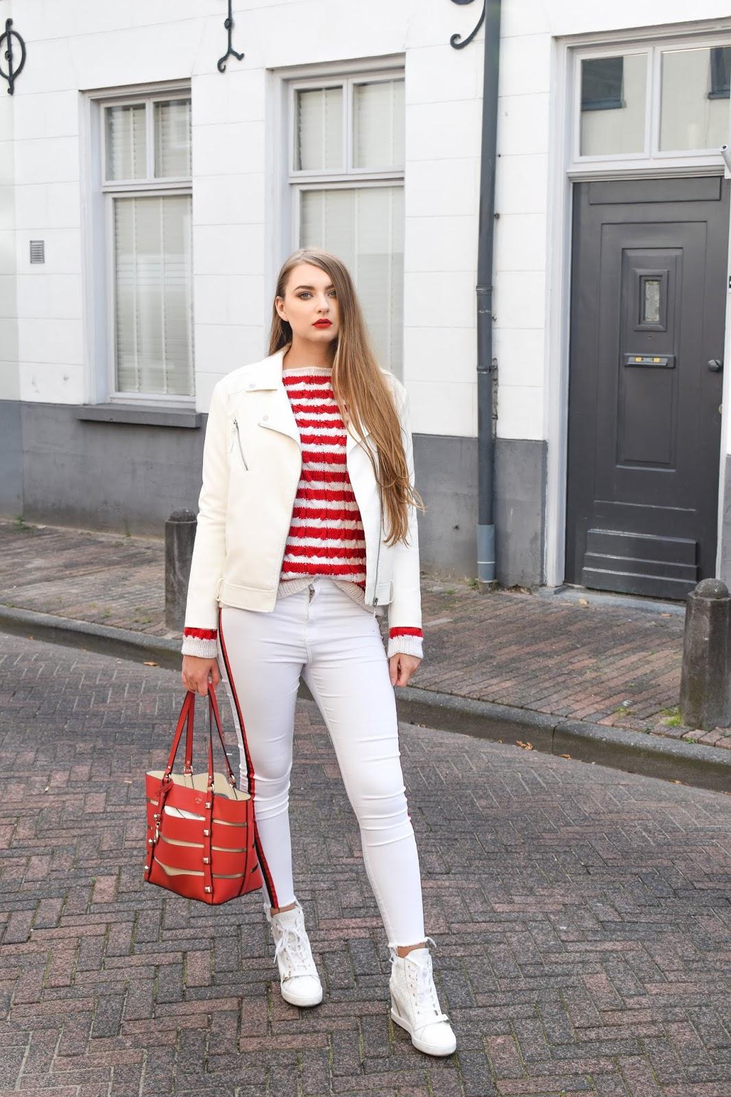 białe spodnie zimą