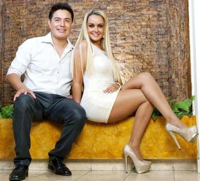 Foto de Leonard León con una amiga