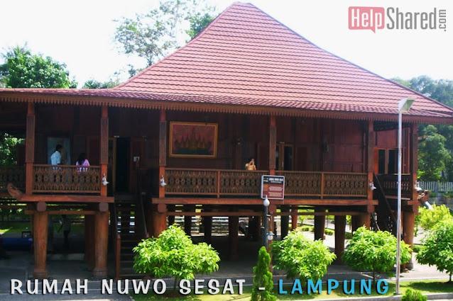 rumah adat nuwo nuwou sesat lampung